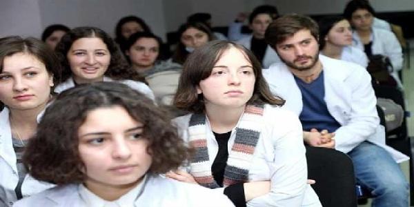 تحصیل در دانشگاه باتومی شوتا روستاولی گرجستان